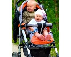 До якого віку дитині потрібна коляска?
