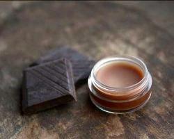 Готуємо шоколадний бальзам для губ