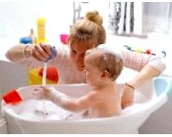 Ігри у ванні для дітей від року до двох років