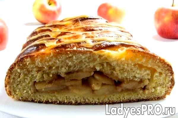 Яблучний пиріг «Коса»