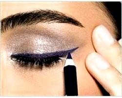 Як правильно наносити підводку для очей?