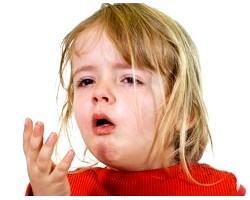 Як вилікувати кашель у маленької дитини