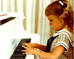 Яке піаніно вибрати для дитини?