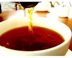 Маски і настої на основі чаю для волосся