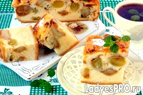 «Накрохмалених» яблучно-виноградний пиріг
