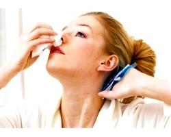 Від чого йде носова кровотеча, як лікують у народній медицині?