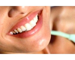 Відбілити зуби народними засобами
