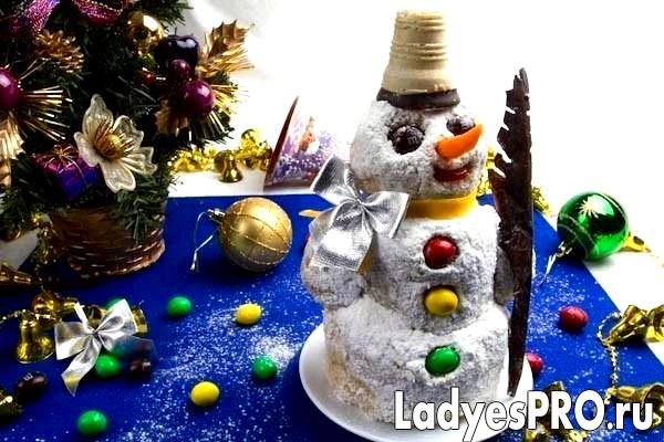 Пісочний торт із заварним кремом