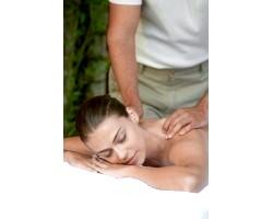Прийоми масажу грудного відділу хребта