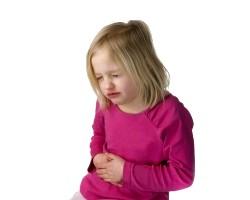 Різкі болі в животі у дітей