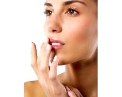 Засоби по догляду за губами