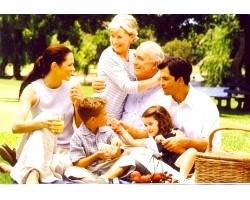 Чи варто молодим жити з батьками?